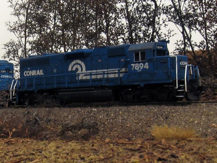 Roster shot of my Conrail GP38 7894